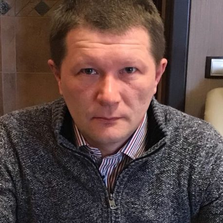 Денис Десятерик