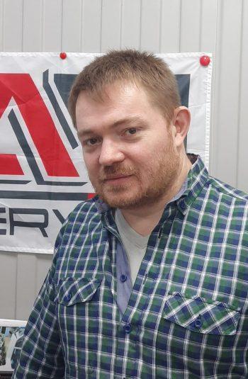 Денис Солодов